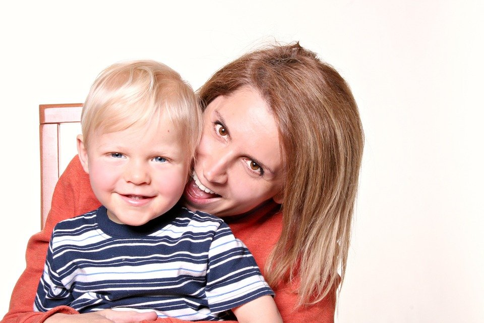 Eyebrow microblading for moms