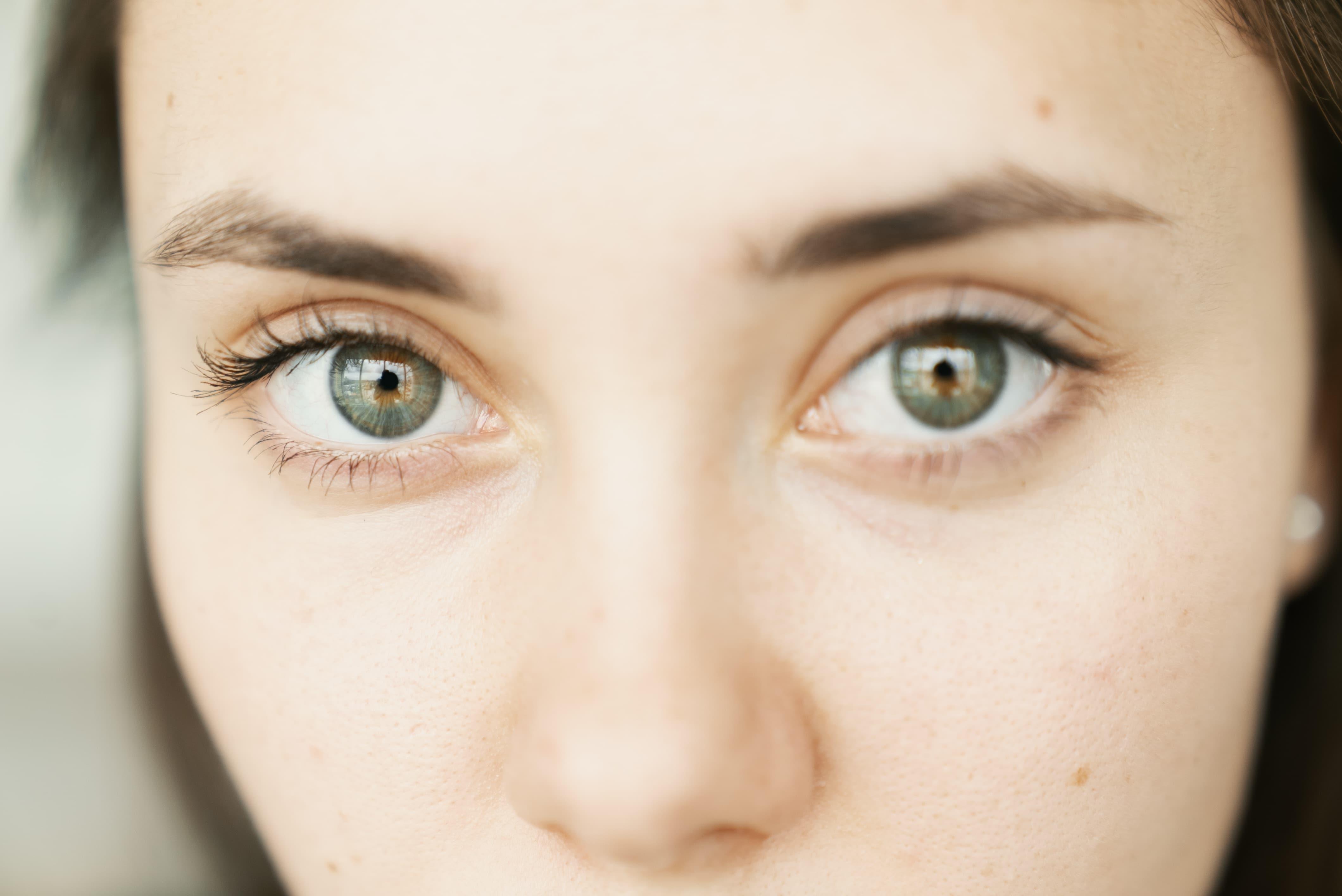 makeup tips contact lenses
